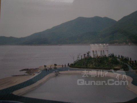 舟山凤凰岛假日酒店 酒店点评回应    2,酒店硬件:凤凰岛算是舟山群岛