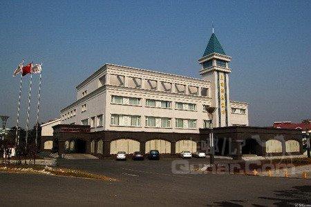 三角宾馆建筑设计图