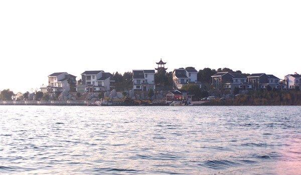 武汉梁子湖龙湾度假村