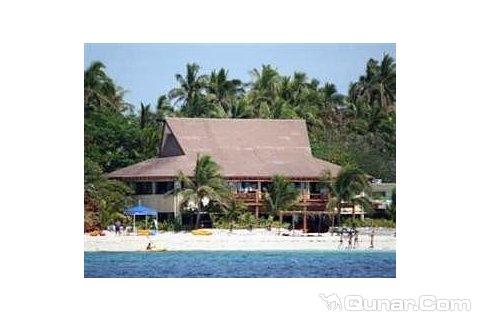 比奇科默岛度假村(beachcomber island resort)