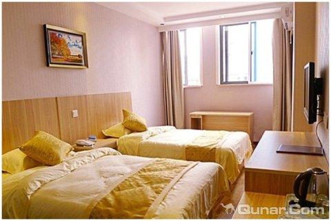 背景墙 房间 家居 酒店 设计 卧室 卧室装修 现代 装修 480_321