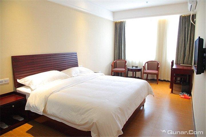 广州华冠酒店(长隆欢乐世界店)