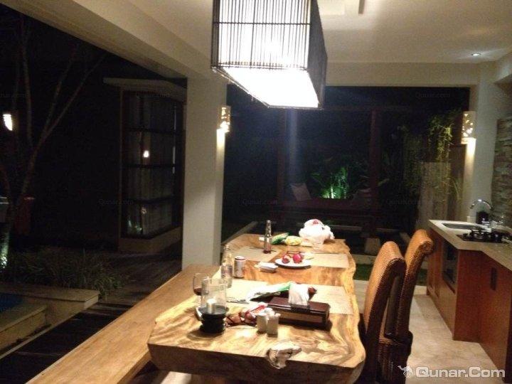 巴厘岛蓝毗尼园别墅酒店(lumbini villas and spa)