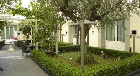 美憬阁帕拉索卡拉乔洛那不勒斯酒店(Palazzo Caracciolo Napoli - MGallery Collection)