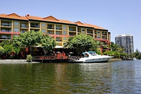 天堂岛度假酒店(paradise island resort)