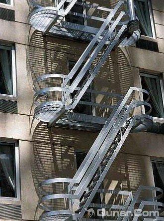 纽约自由塔 电梯
