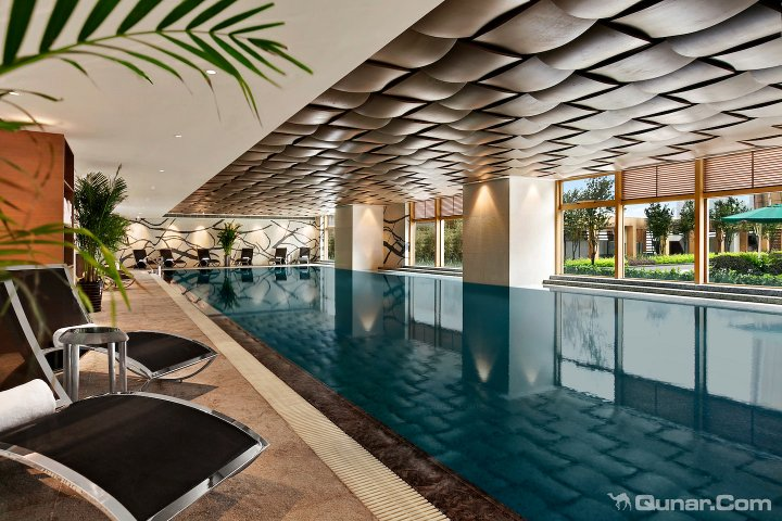 室内装饰设计融合了古典主义和现代主义的风格 672起 足不出户,可享