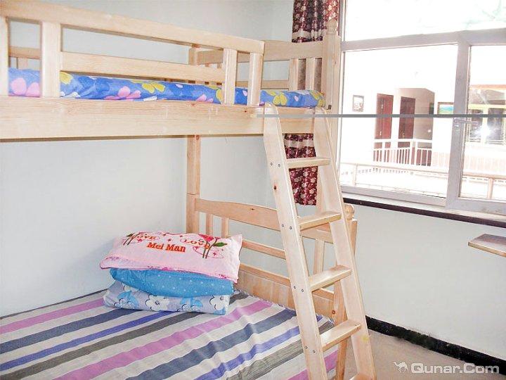背景墙 房间 家居 设计 卧室 卧室装修 现代 装修 720_540