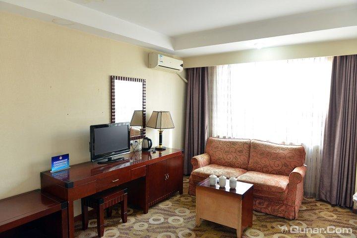 飞鹰商务酒店