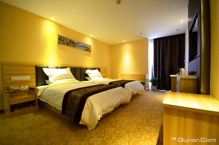 速8酒店(汉阳经开万达店)