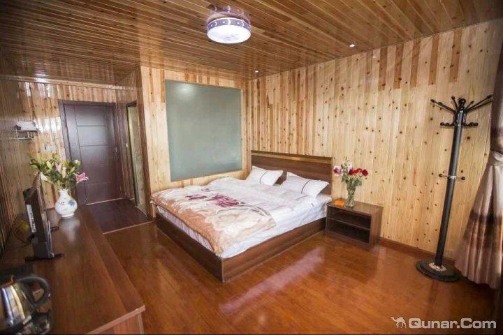 2015【去泸沽湖旅游住哪里好】泸沽湖旅游住宿酒店
