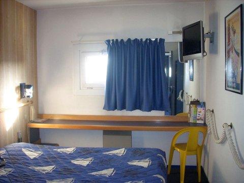 背景墙 房间 家居 起居室 设计 卧室 卧室装修 现代 装修 480_360