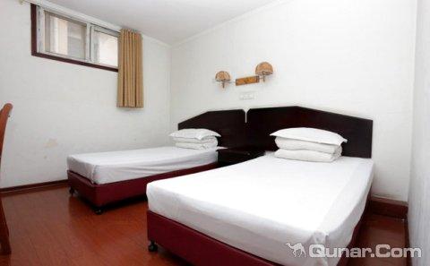 背景墙 房间 家居 酒店 设计 卧室 卧室装修 现代 装修 480_297