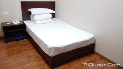 背景墙 房间 家居 酒店 设计 卧室 卧室装修 现代 装修 480_270