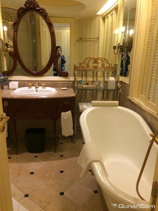 厕所 家居 设计 卫生间 卫生间装修 装修 540_720 竖版 竖屏