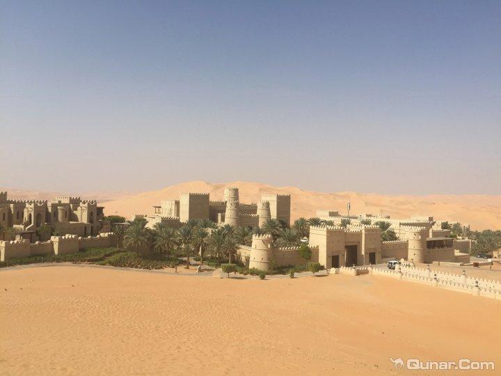 沙漠之中,所以如何抵达酒店图片