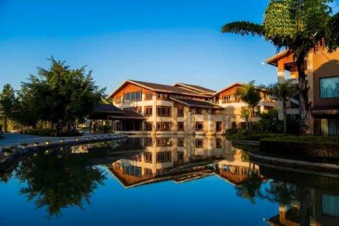 弥勒湖泉酒店_弥勒湖泉酒店