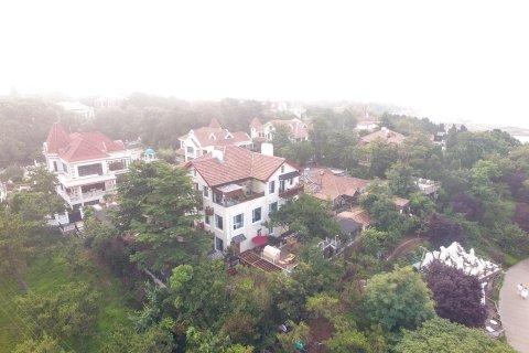青岛伊美萝薇酒店别墅别墅前院带海景图片
